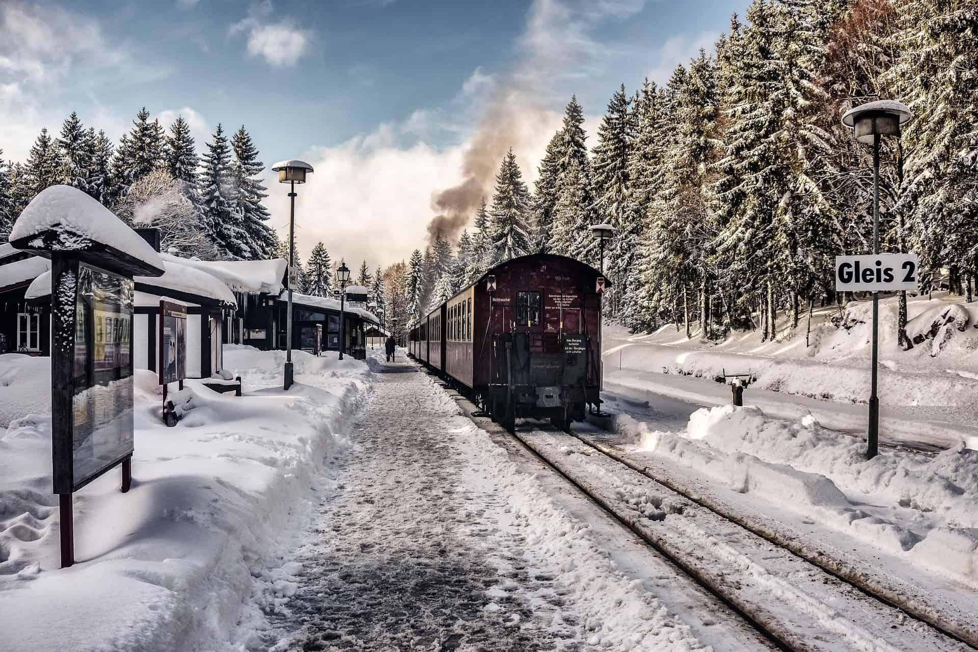 Schnee-Eisenbahn