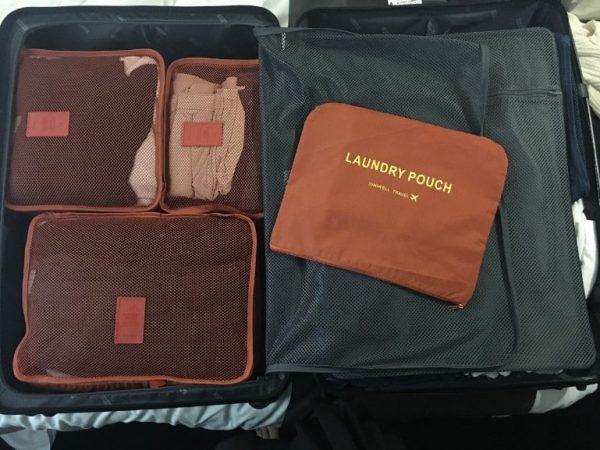 Packwürfel helfen dabei, Ordnung im Koffer zu schaffen. Die verschiedenen Packing Cubes helfen dabei deine Tasche individuell zu organisieren. (Bildquelle: pixabay.com / jdltmaxson)