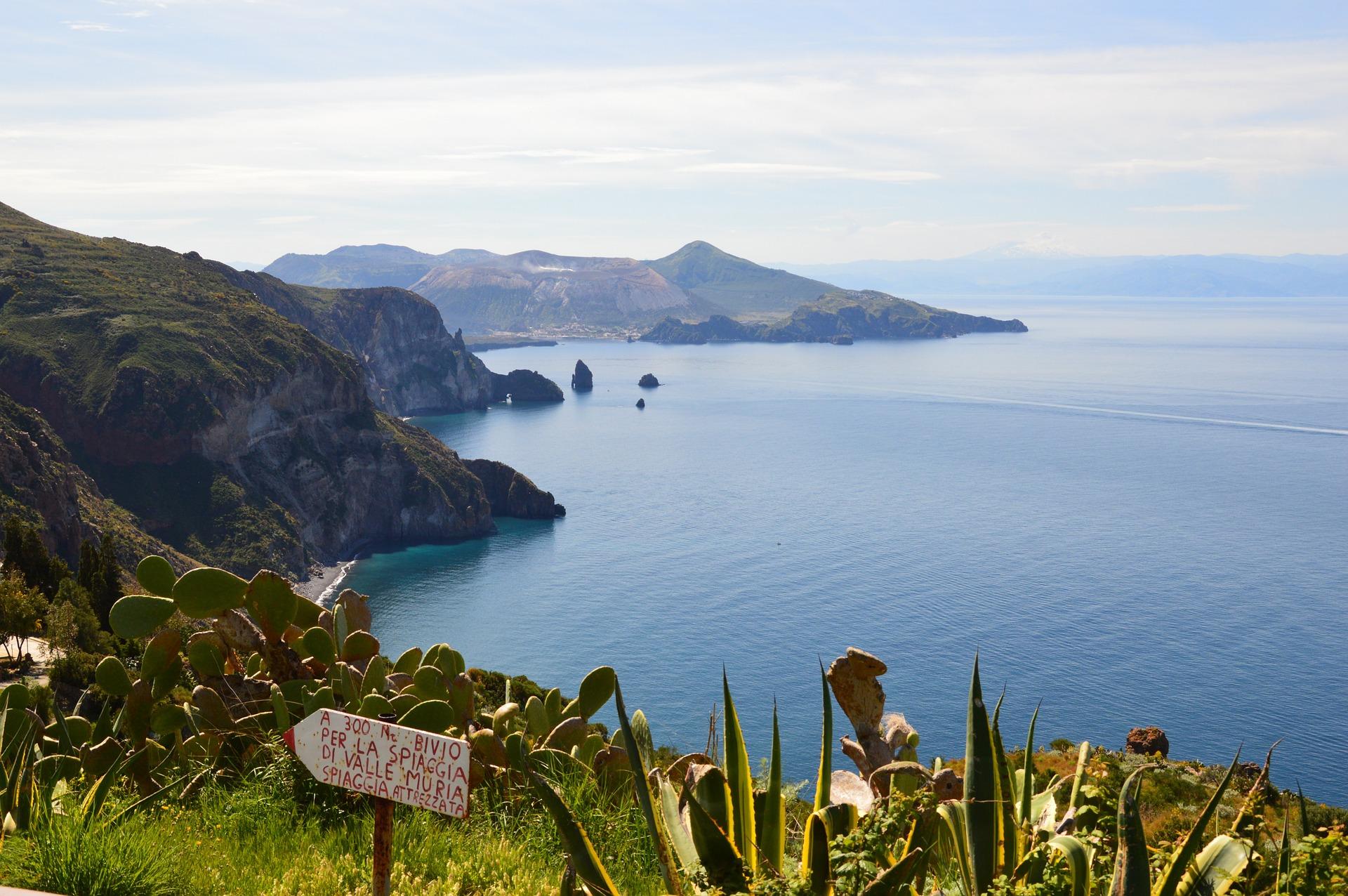 Rundreise Liparische Inseln: Empfehlungen & Vergleich (08/20)