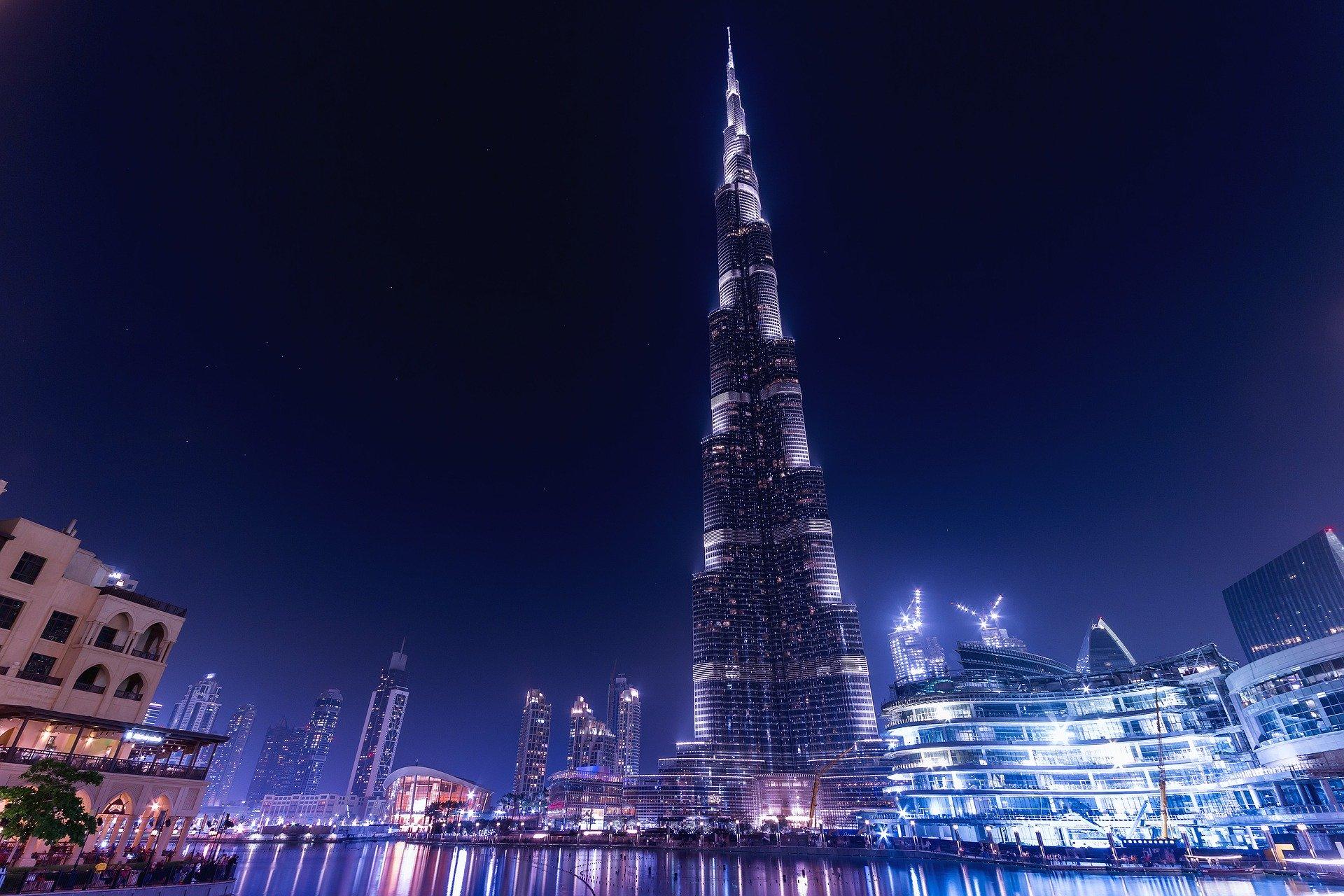 Rundreise Emirate: Empfehlungen & Vergleich (04/20)